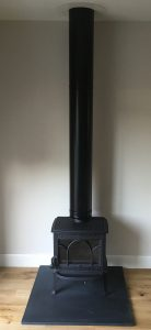 Freestanding stove with black flue