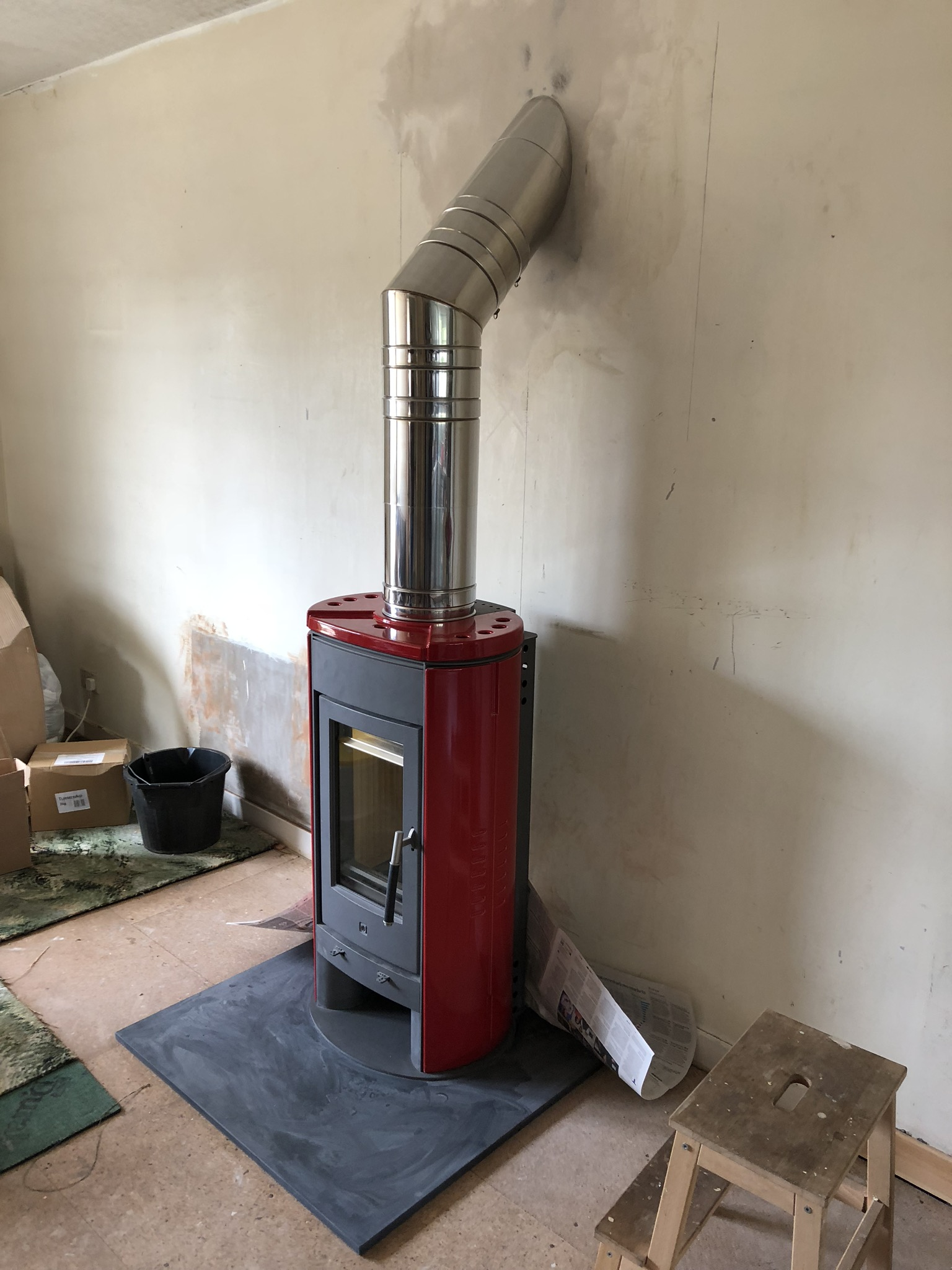 Red freestanding stove