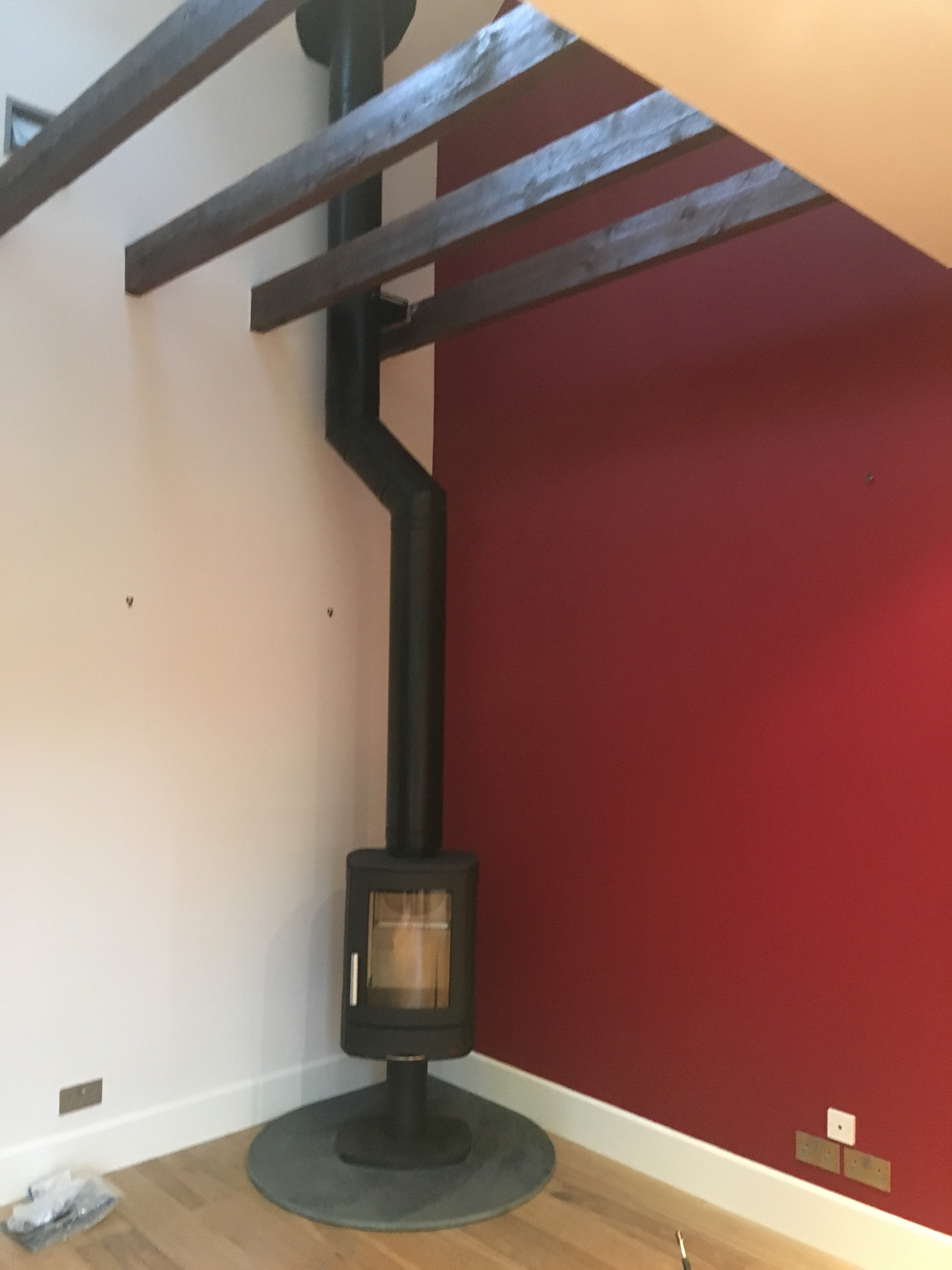 Freestanding stove with tall flue